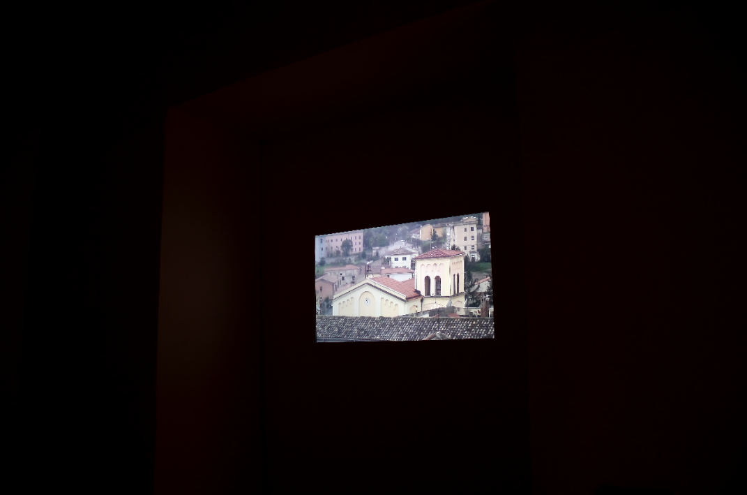 detail of installation of 'Quattro Minuti di Mezzogiorno'  istallazione video / video installation 2010 by Elaine Shemilt and Stephen Partridge as installed at 'Fuoriluogo 15 - A Purposeful Regression', Galleria Limiti Inchiusi, Campobasso, 2011.  © Cultural Documents