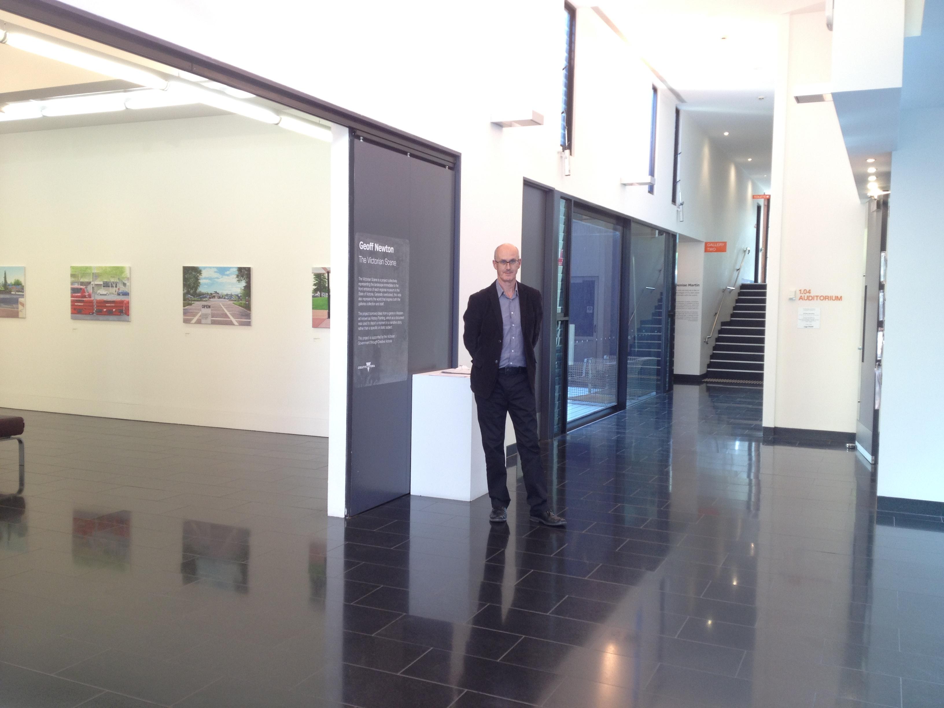 Curator Paul Northam at VAC, La Trobe University in Bendigo 10.12.2015 © Cultural Documents