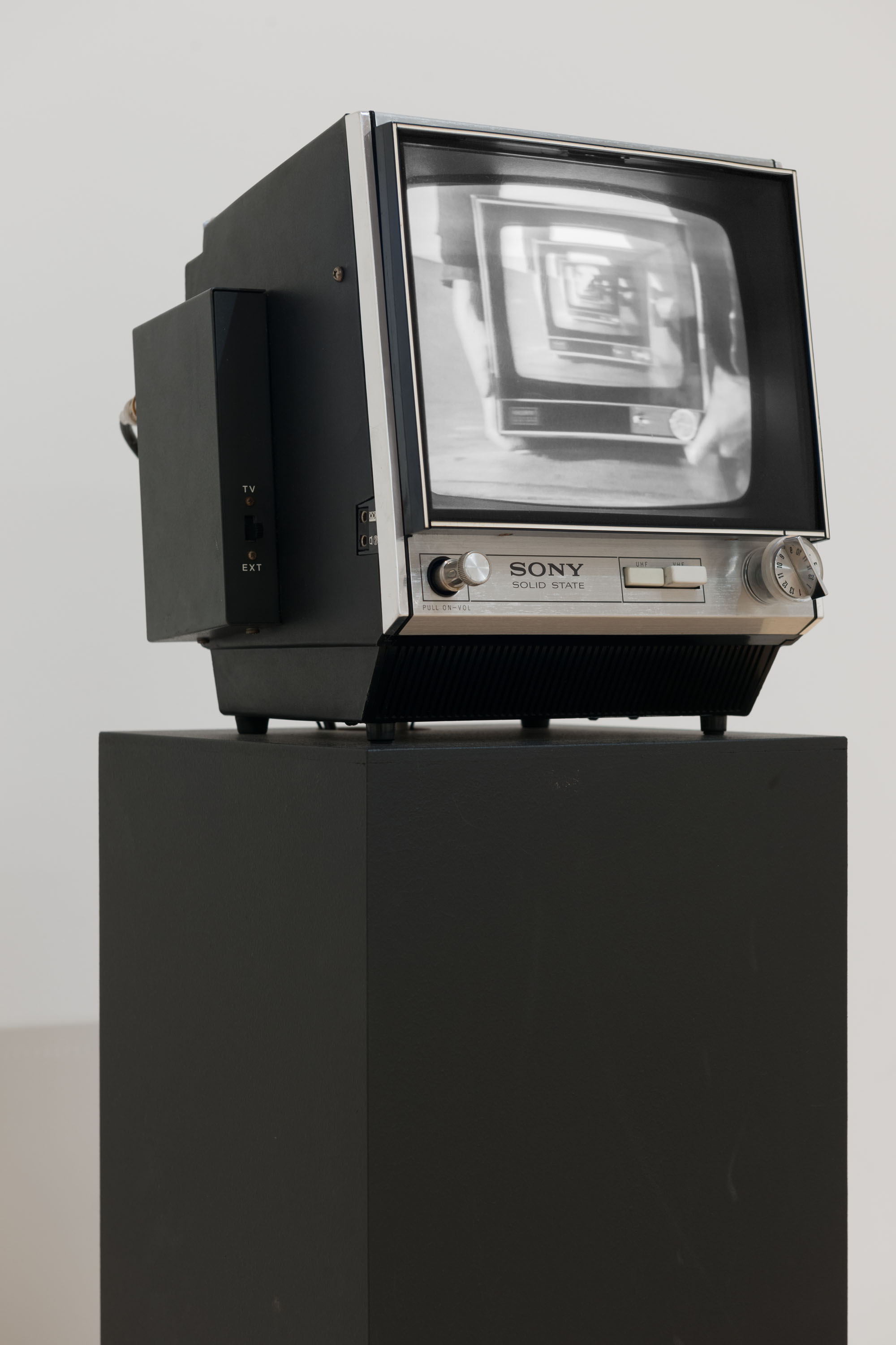 Stephen Partridge 'Monitor' 1974 Video, monitor, black and white Collection Tate Britain © Cultural Documents